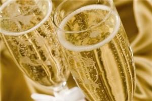 Wedding+champagne+glasses_3083_19843166_0_0_7020764_300