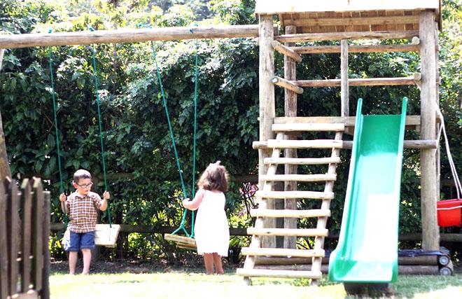playground-world-jungle-gyms-wooden-steel-slides-trampolines-swings-sandpits-specials-sales.jpg